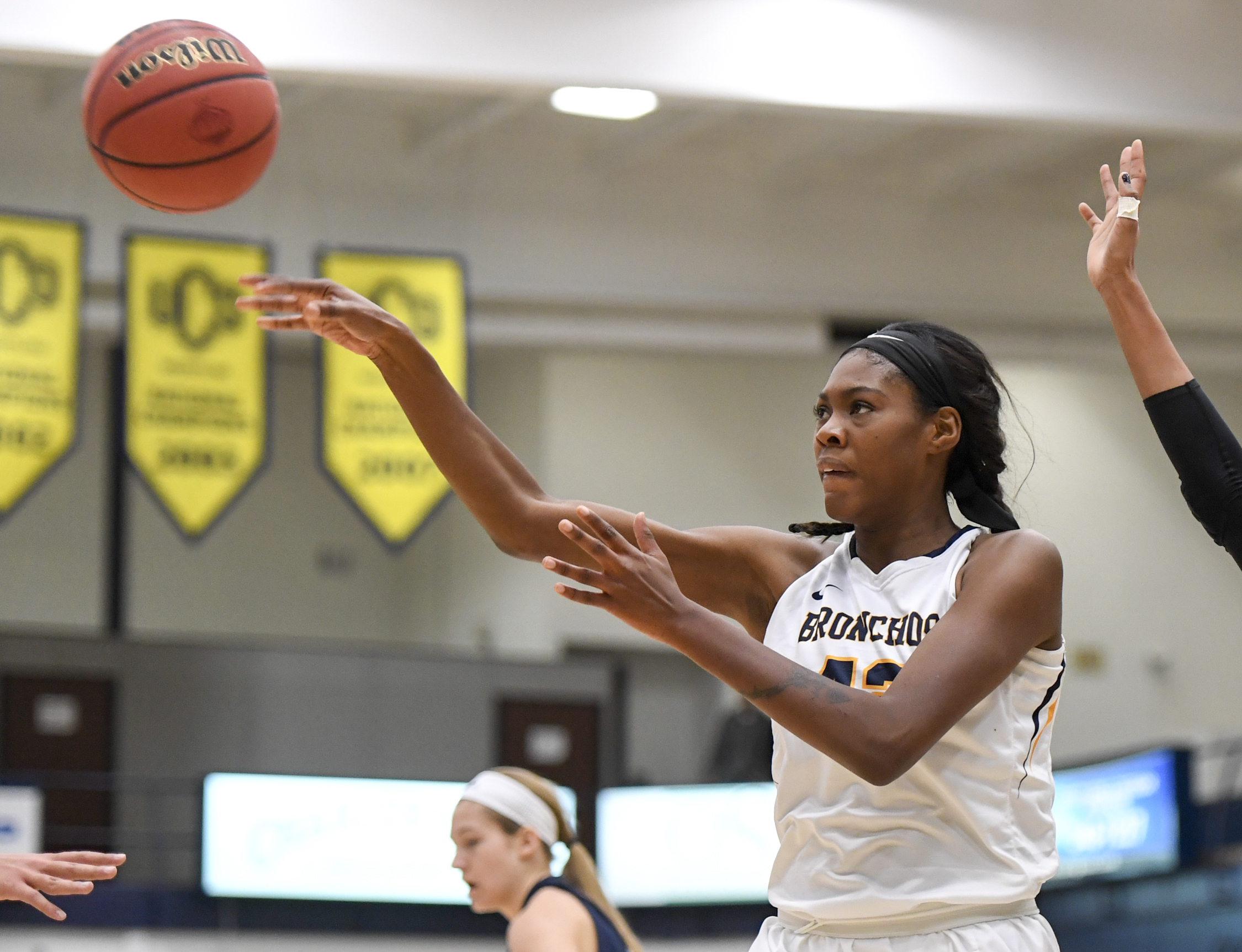 Women's basketball: Bronchos Defeat Arkansas-Fort Smith