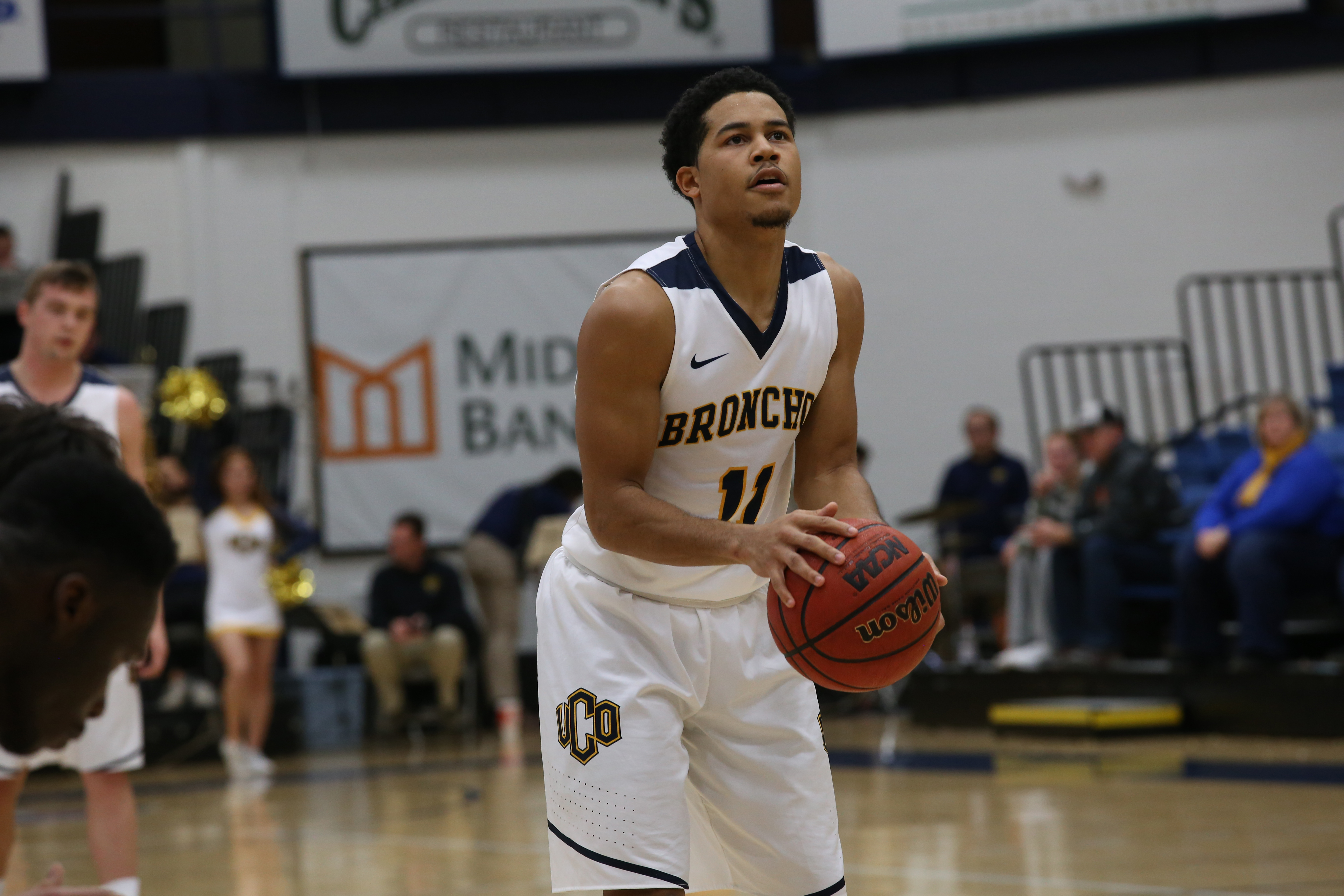 UCO Men's Basketball: Late Turnovers, Fouling Plague Bronchos