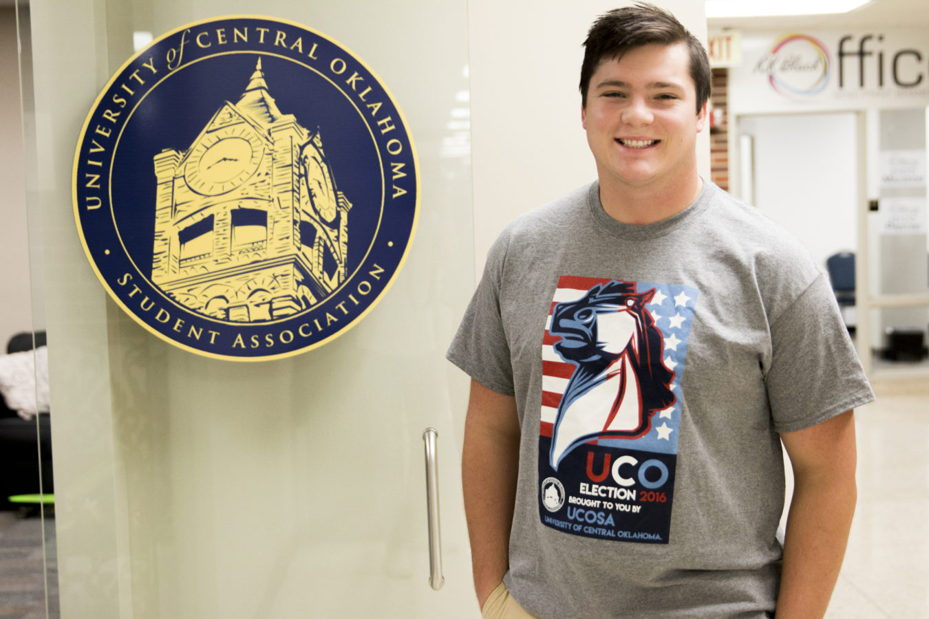 UCOSA Gives Free T-shirts to Student Voters