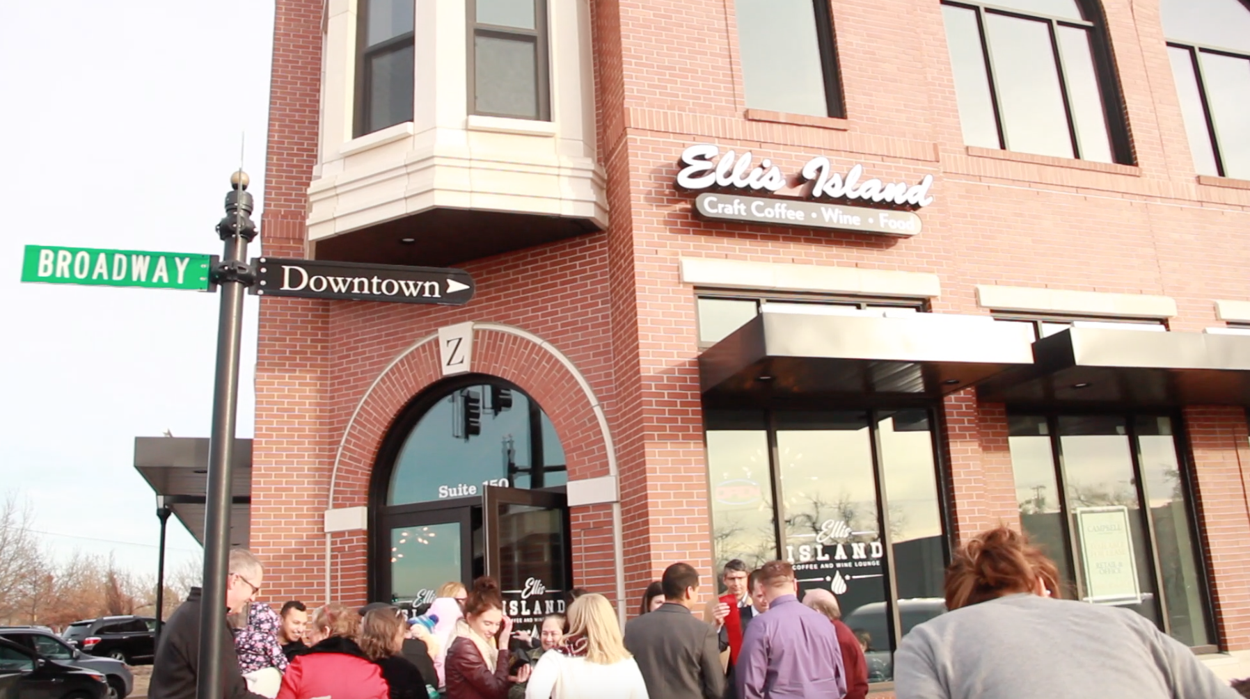 Ellis Island Opens in Downtown Edmond