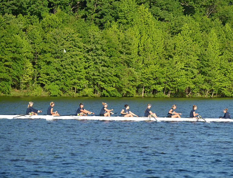 Women's Rowing Inch Closer To The Top